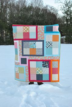 Lucy's Crab Shack Puzzle Quilt by thegirlwhoquilts, via Flickr  9 patch puzzle quilt