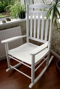 NEW TRADITIONAL FARMHOUSE STYLE WHITE ROCKING CHAIR LIVING BED ROOM  CONSERVATORY