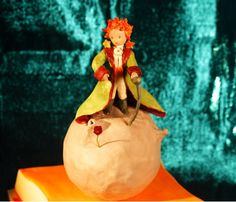 Le petit prince/The Little Prince with his rose cake