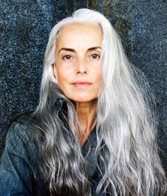 Beautiful natural gray hair!