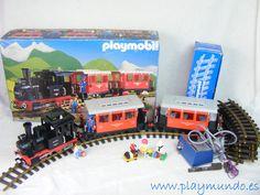 PLAYMOBIL TREN LOCOMOTORA REF. 4001 http://www.playmundo.es/playmobil-tren-locomotora-ref-4001-se-incluye-transformador-12005-p.asp