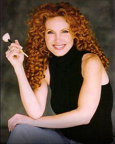DeeDee Marcelli, makeup artist, beauty interview, celebrity makeup artist, Tom Cruise makeup artist