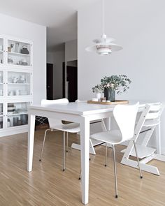 Our new dining table from TON | www.my-full-house.com | Top Scandinavian Interior and Lifestyle Blog