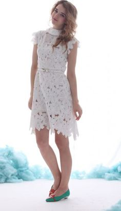 White Lapel Lace Belt Embellished Chiffon Dress