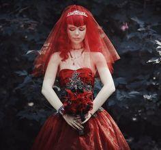 Die rote Braut 4 by on DeviantArt Gothic Wedding Cake, Vampire Wedding, Pagan Wedding, Red Wedding, Wedding Stuff, Wedding Ideas, Goth Wedding Dresses, Whimsical Wedding Inspiration, Black Goth