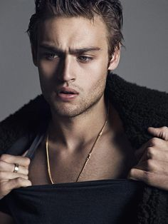 Douglas Booth for Hunter&Gatti (x)