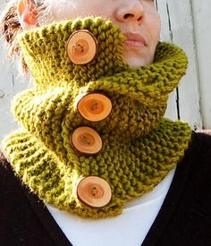 Women Wearing Green Knit Cowl with Large Wood Buttons