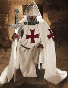 Templar - The Poor Fellow-Soldiers of Christ and of the Temple of Solomon… Knights Templar Symbols, Knights Hospitaller, Crusader Knight, Military Orders, Knight In Shining Armor, Eastern Star, Medieval Knight, Medieval Armor, Medieval Times