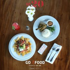 Being busy lately and still working on saturday or just too lazy step out of the house ? Simply order our Bebek Betutu and other dishes from GO-FOOD!  #on20makassar #gofoodmakassar #exploremakassar