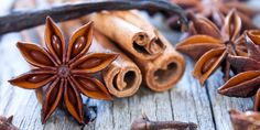 Aromatic spice cinnamon sticks, star anise,cloves and vanilla stick Dior Hypnotic Poison, Pheromone Perfume, Clove Bud, Candles For Sale, Christmas Dishes, Scented Candles, Natural Hair Styles, Spices, Fragrance