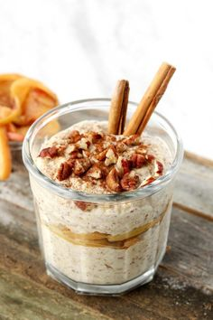 Apple Pie Overnight Oats make a fiber and protein rich breakfast. Cooked apples and cinnamon add fall flavor while maple syrup adds natural sweetness.