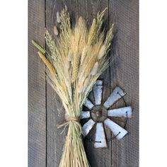 @curiouscountry posted to Instagram: ***NEW BOUQUET DESIGN*** We hope you love this new exclusive bouquet design that includes golden wheat, wild oats, millet and bunny tails (mini pampas grass). Imagine this bouquet on your entry table or living room console - definitely adds a Fall Farmhouse vibe! Order NOW to enjoy this bouquet all season long!  #wheat #wheatbouquet #bunnytails #falldecor #falldecortour #autumndecor #autumn #fall #homedecor #decoratingtips #decorating #mystyle #fallstyle #sep