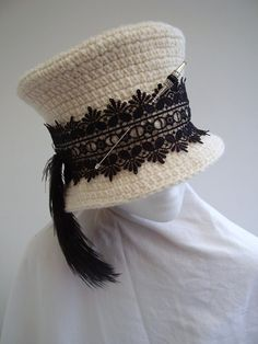 I like the way this was finished with lace and a tassel (or is that a feather?  I prefer to think of it as a tassel).  Link I repinned from goes to etsy but the item is no longer there, and I'm not sure who the seller was.
