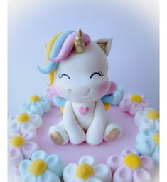 most current pics Health for kids style recipe, Fondant unicorn cake topper. Perfect for a baby shower cake or kids birthday party. Our fondant is made out of marshmallow. * in length by hi. Fondant Toppers, Fondant Cakes, Cupcake Cakes, Fondant Baby, Marshmallow Fondant, Mini Cakes, Baby Cakes, Baby Shower Cakes, Fondant Figures