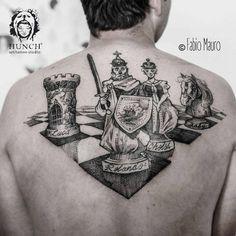 Tabla de ajedrez de estilo sketch en la espalda.