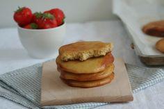 gezonde eierkoeken / sub the agave-honey Healthy Meals For Kids, Healthy Baking, Sin Gluten, Love Food, A Food, Sports Food, Paleo Treats, Easy Snacks, Tasty Dishes