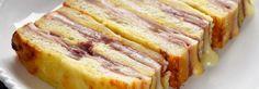 <p><span>1. Beurrez un moule à cake de 10cm sur 22cm environ.</span></p><p><span>2. Enlevez la croûte des tranches de pain de mie, et coupez-les à la taille du moule. </span></p><p><span>3. Fouettez l'oeuf et la crème liquide, salez et poivrez. </span></p><p><span>4. Recouvrez le fond du moule avec une couche de tranches de pain de mie et étalez 2 c. à soupe du mélange oeuf crème par-dessus. </span></p><p><span>5. Ajoutez 2 tranches de jambon dessus, puis 2 tranches de fromage ( environ de…