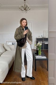 The forever wardrobe • Beauty @brittanybathgate wears the TOWN boot 🖤 We're reaching for Town daily and pairing them with everything from denims to dresses and oversized woollen coats. Discover more from Dear Frances! Brittany Bathgate, Future Girlfriend, Weekend Style, Black Ankle Boots, Slow Fashion, Wearing Black, Dress To Impress, Duster Coat, Black Leather