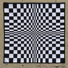 One of the remarkable things that happens when we quilt is that we start to see quilt patterns everywhere we go and in everything we see. I had been thinking about making a quilt based on op-art f… Bargello Quilt Patterns, Bargello Quilts, 3d Quilts, Barn Quilts, Quilt Patterns Free, Small Quilts, Mini Quilts, Doodle Patterns, Optical Illusion Quilts