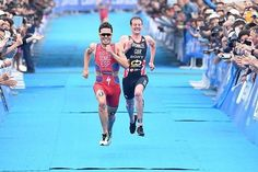 EPIC sprint battle between @jgomeznoya and Alistair Brownlee in #WTSYokohama  via @worldtriathlon  Follow us and Tag #wonderfulrunning for a chance to be featured!