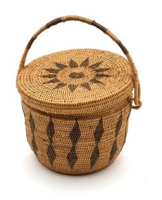 Africa | Lidded carrying basket from the Lozi people of Zambia | ca. 20th century