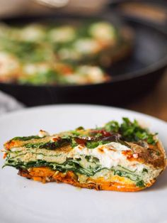 Spinach and Goat Cheese Quiche with Sweet Potato Crust — Registered Dietitian Columbia SC - Rachael Hartley Nutrition Goat Cheese Recipes, Quiche Recipes, Brunch Recipes, Vegetable Recipes, Breakfast Recipes, Breakfast Ideas, Sweet Potato Crust Quiche Recipe, Healthy Food Options, Healthy Recipes