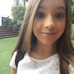 Mackenzie Ziegler beautiful little girl that dances amazballs!!!❤️❤️