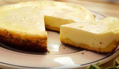 オーブン不要!フライパンひとつで作れる簡単「チーズケーキ」の作り方 - macaroni