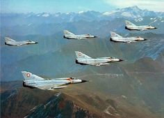 Mirage lll S Luftwaffe, Fun Fly, Swiss Air, Old Planes, Aircraft Pictures, Cold War, Military History, Military Aircraft, Switzerland