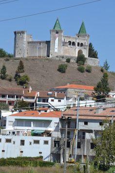 PORTA ABERTA - IMAGEM E COMUNICAÇÃO: Porto de Mós e seu Castelo (I Parte)