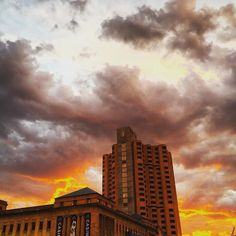 #sunsets #clouds #cloudlovers #sky #skylovers #architecture #captureadelaide #southaustralia #glamadelaide #instagramadelaide #thecityadelaide by jahn234 South Australia, Sunsets, Clouds, Sky, Architecture, Instagram Posts, Outdoor, Heaven, Arquitetura