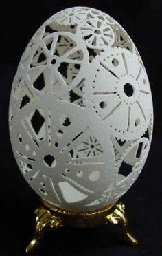 Stunning carved goose egg.