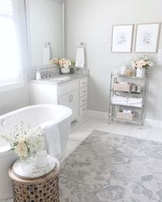 Master Bathroom design just isn't a straightforward thing to get right, especially if you have a small master bathroom. These images may help inspire your perfect master bathroom this is certainly both beautiful and practical Home Interior, Bathroom Interior, Interior Design, Bathroom Ideas, Budget Bathroom, Bathroom Cart, Bathroom Hacks, Bathroom Remodeling, Shower Ideas