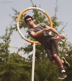 Dylan O'Brien playing Quidditch