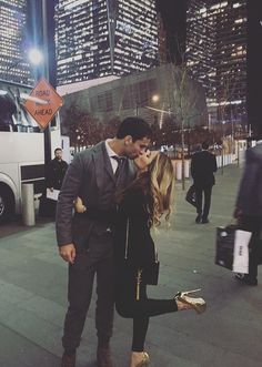 Eric and Jessie James decker Eric & Jessie, Jessie James, Eric Decker, James Decker, Love Couple, Couple Goals, Family Goals, Life Goals, Relationship Goals