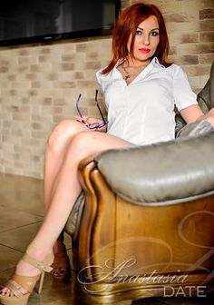 Ukraine girl model: Larisa from Rivne, 29 yo, hair color Red