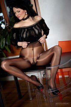 women in pantyhose so sexy : Photo