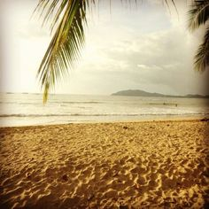 Tamarindo (Costa Rica) = I need to go here b/c it is the happiest country :)