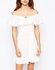Vergrößern Glamorous Petite – Bardot – Jersey-Kleid mit Bommelverzierungen
