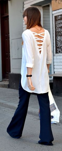 Strappy V Back Blouse Chic Style. I want to buy this shirt but I have no idea what language the website is in!