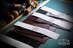 Processo de execução das peças SONIUM. Fase de corte e preparação das peças para coser.