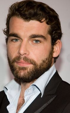 The New Bad Guy is a Stone Cold Fox from Outlander Season 2: Stanley Weber cast as Le Compte St. Germain.