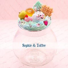 I love Sophie & Toffee xo Clay Jar, Fimo Clay, Polymer Clay Charms, Polymer Clay Miniatures, Polymer Clay Creations, Jar Crafts, Resin Crafts, Decoden Phone Case, Kawaii Diy