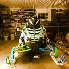 "My snowmobile, polaris switchback assault 144"" 800;)"