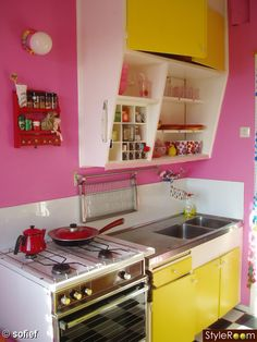 bright pink kitchen accessories 217 best pink kitchen images kitchen dining pink 4916