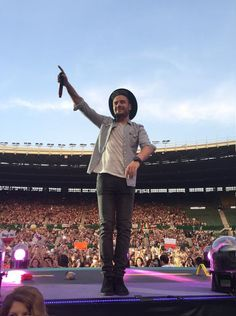 Vienna 06.10.15 || I'm smiling bc of you Mr. Liam Payne