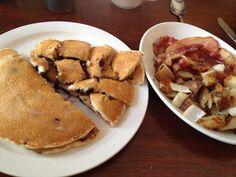 Berry pancakes, mollies mason jar, luzerne.