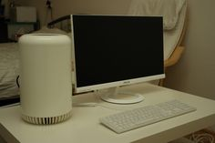 Trashcan Mac Pro Hackintosh Revisited in White
