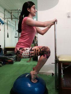 Postura correta + equilíbrio +respiração +core +trabalho de panturrilhas