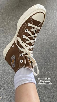 Dr Shoes, Swag Shoes, Hype Shoes, Me Too Shoes, Mode Converse, Brown Converse, Converse Sneakers, Sneakers Fashion, Fashion Shoes
